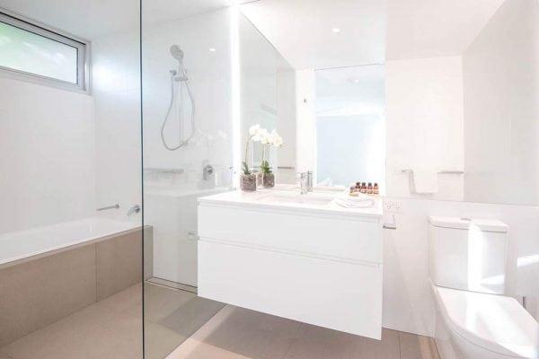 One Five The Hastings Bathroom 2
