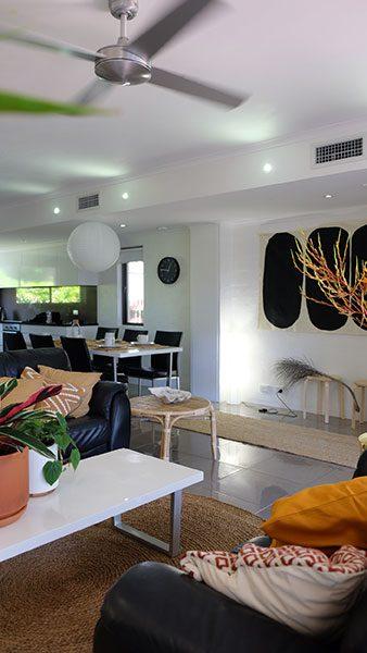 Villa No 6 Lounge To Kitchen 1