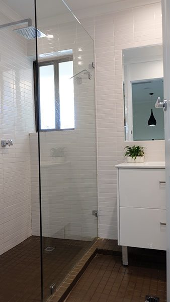 Villa No 6 Main Bathroom 1