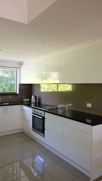 Villa No 6 Kitchen 1