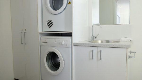 Villa No 6 Laundry & Loo