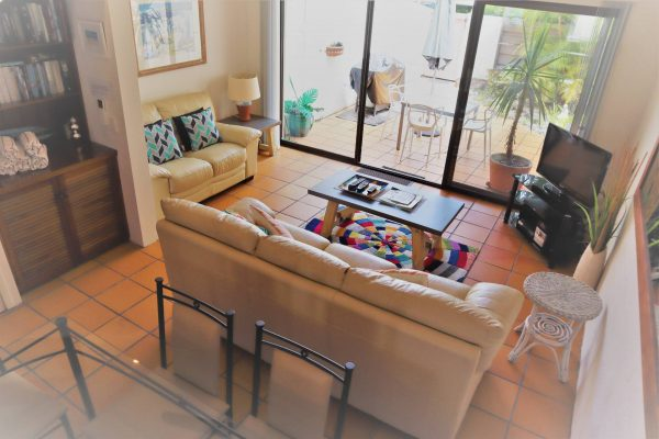 Noosa Terrace Nt 3 Lounge Area N View To Courtyard