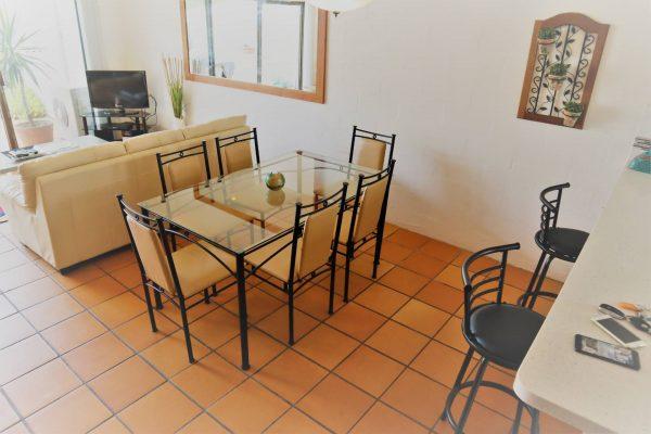 Noosa Terrace Nt 3 Dining N Lounge Area