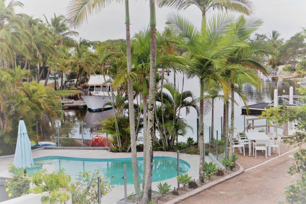 Noosa Terrace Complex Pool N Water View