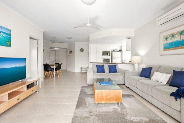 Noosa Riviera Apt 4 Living To Kitchen