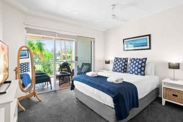 Noosa Riviera Apt 4 Main Bedroom