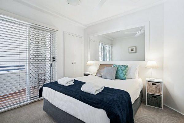 Noosa Riviera Apt 8 Bed 2